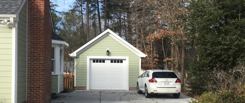 New Detached Garage Construction